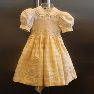 Chantal little girls dress silk size 4 yellow